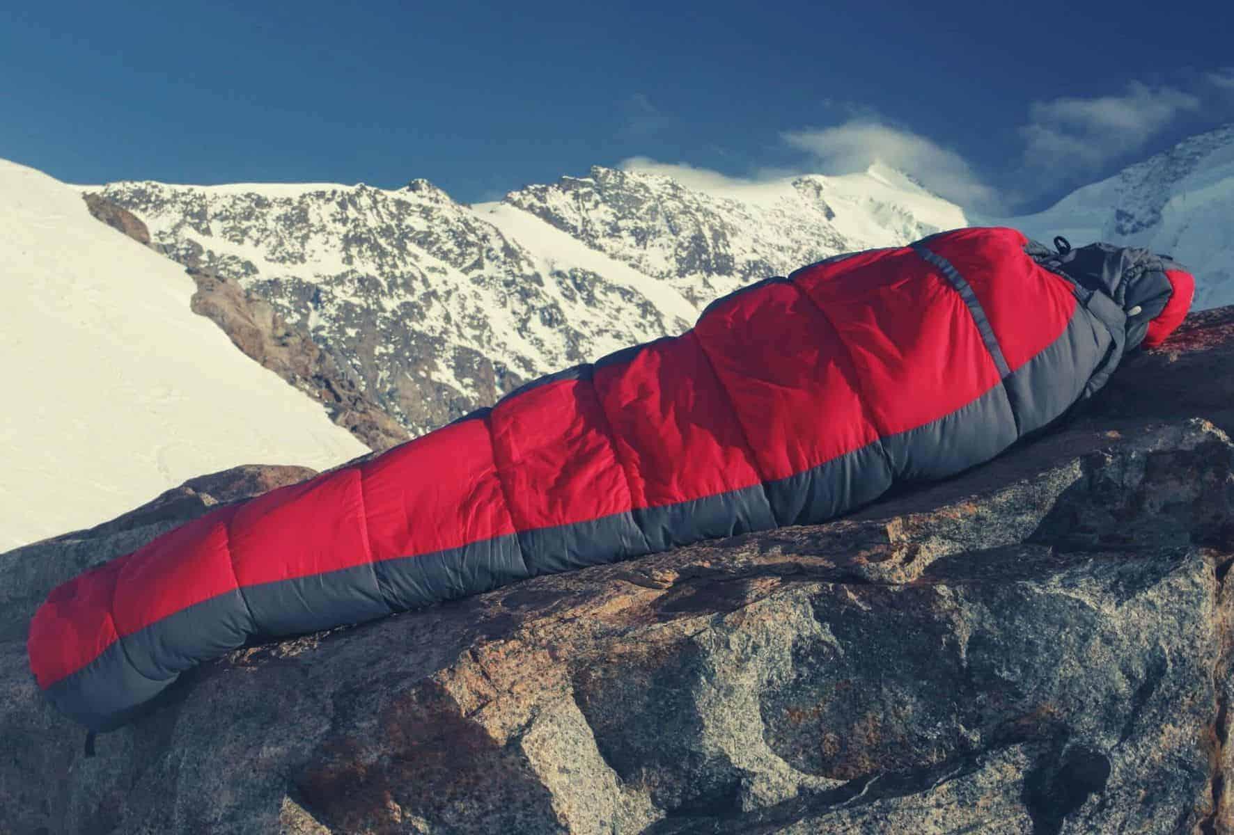 best sleeping bag featimage