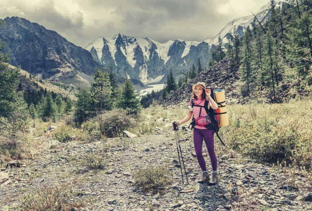 Best Hiking Leggings featimage (4)