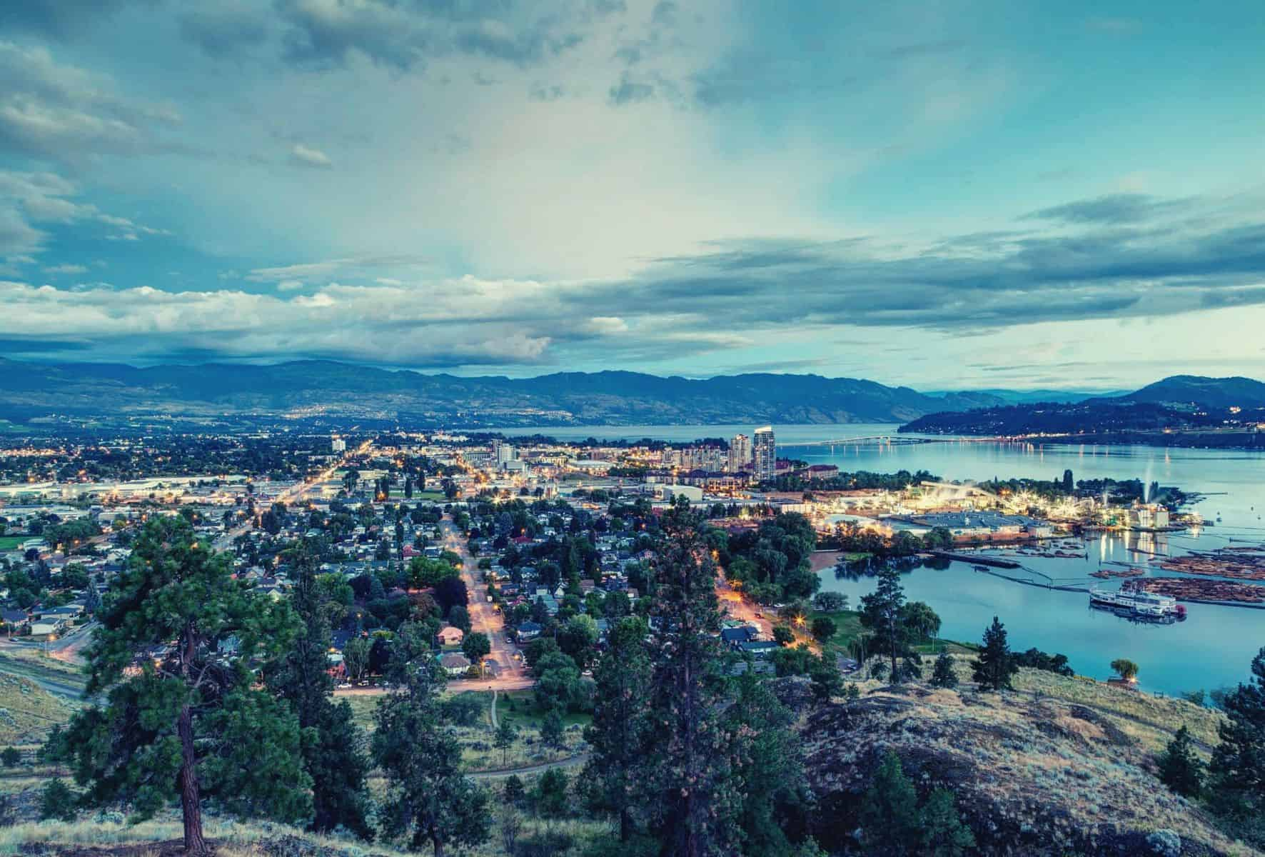 Kelowna Hiking Trail Guide featimage