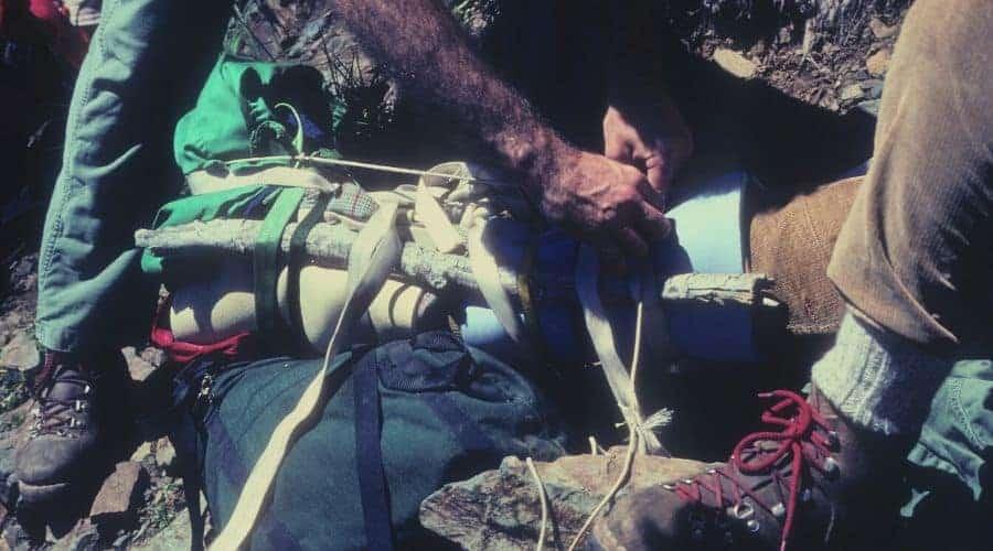 Mountain rescue - splinting a broken leg