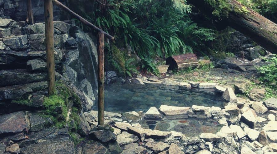 goldmyer hot springs7 intext
