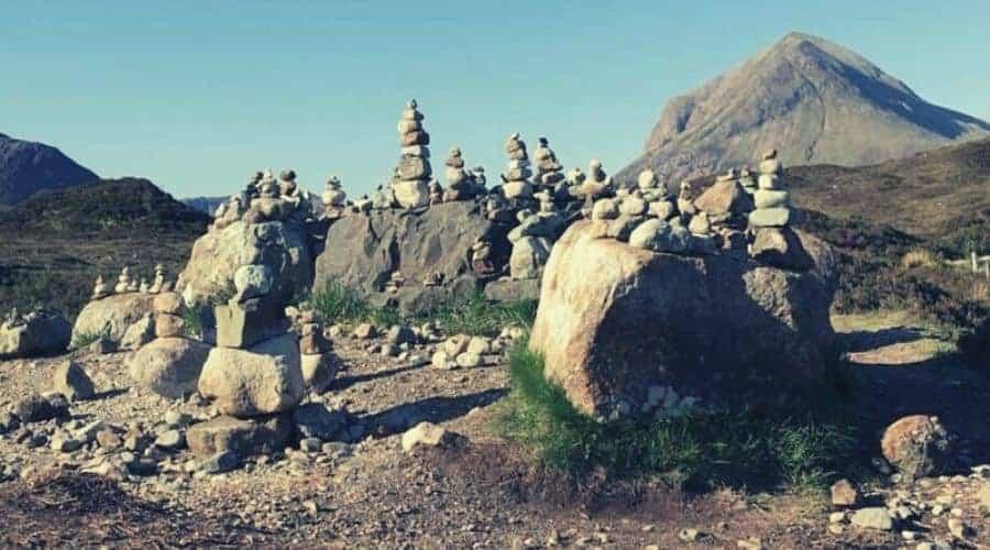 isle skye rock cairns intext (1)
