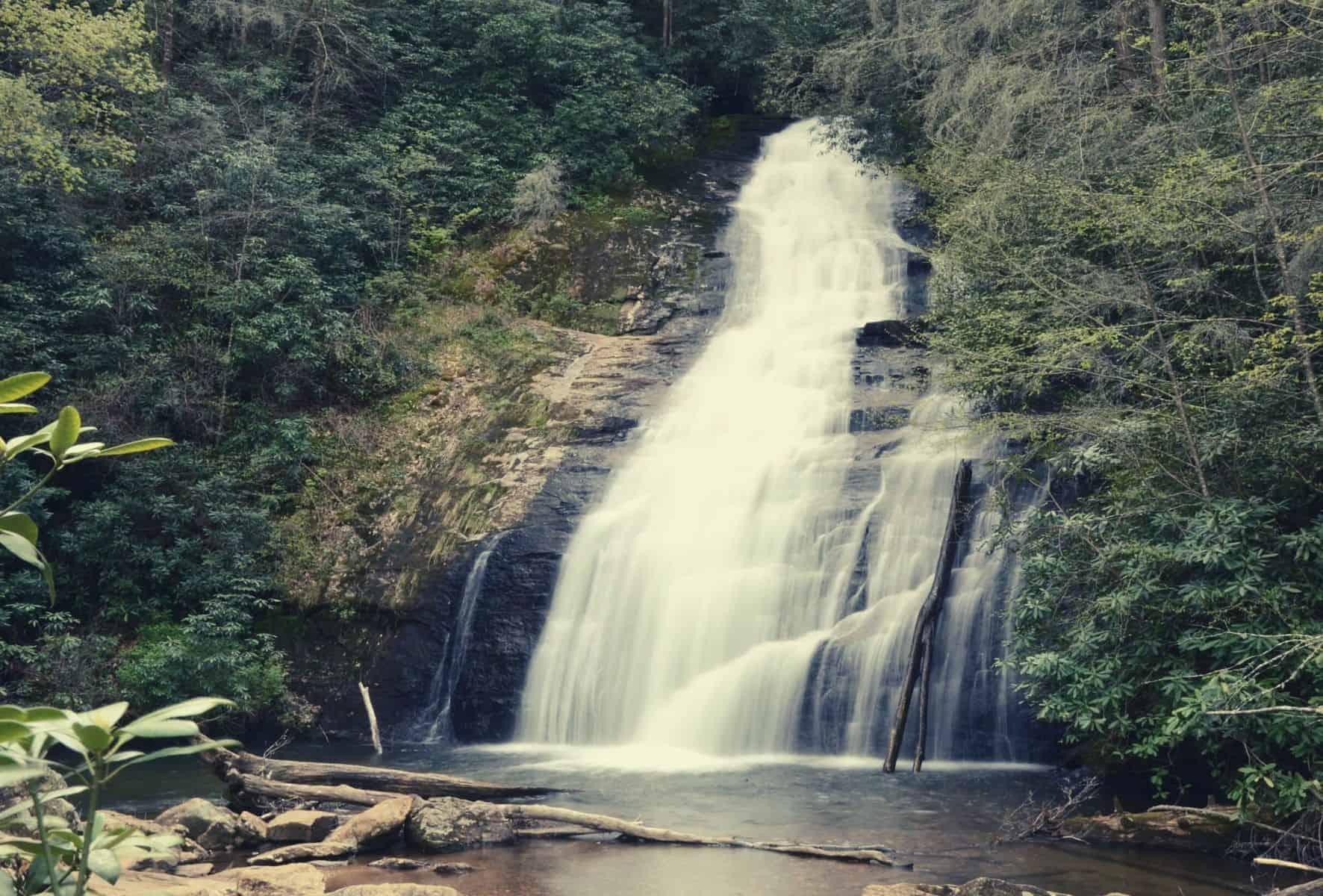 helton creek falls trip review featimage