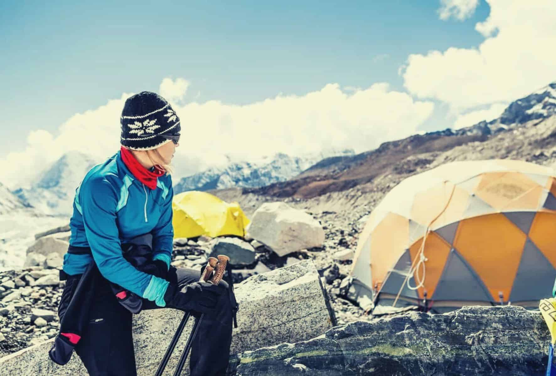 How to stay warm in a tent featimage
