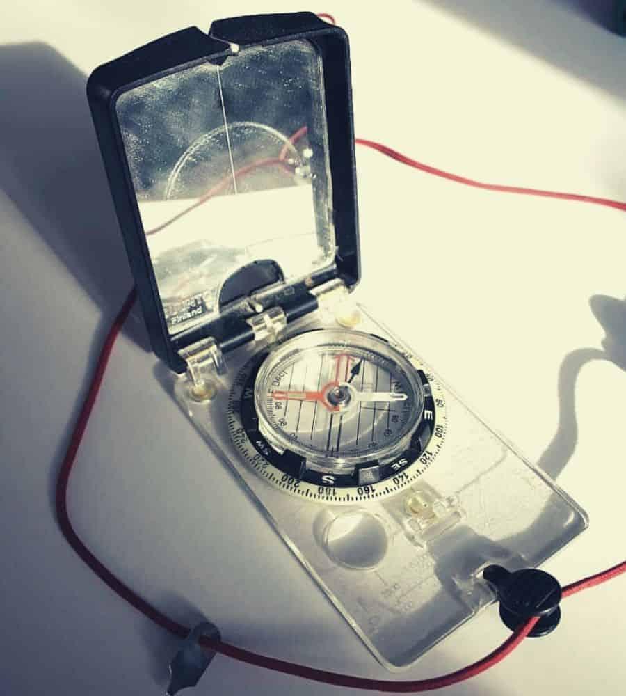 Suunto MC-2G Mirror Compass_Vertintext (1)
