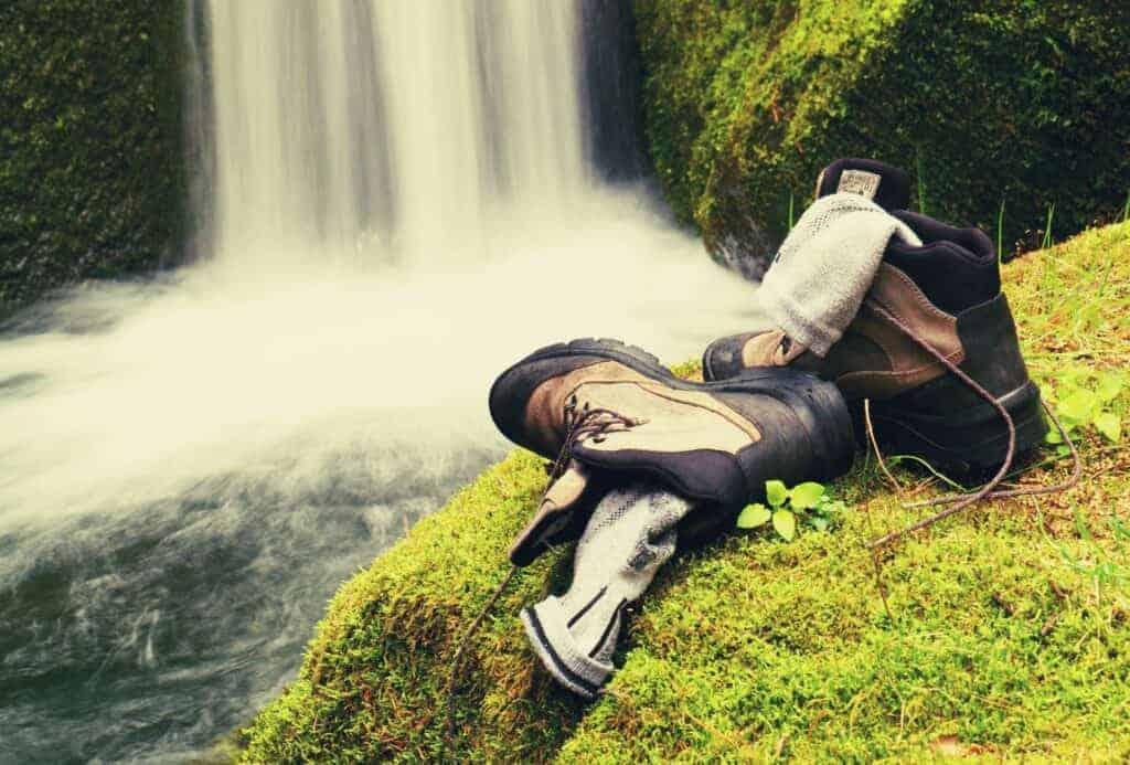 Best-Hiking-Socks-featimage