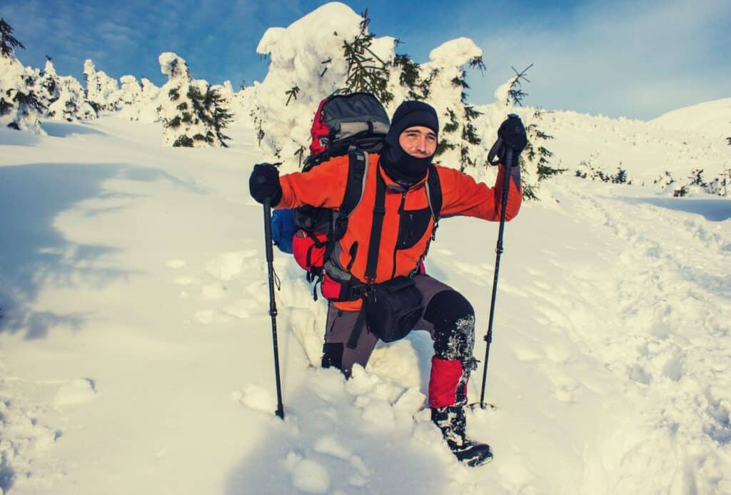 best hiking gloves featimg hero