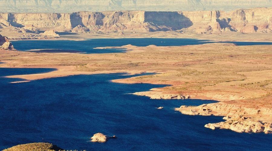 lake powell, glen canyon national recreational area Arizona