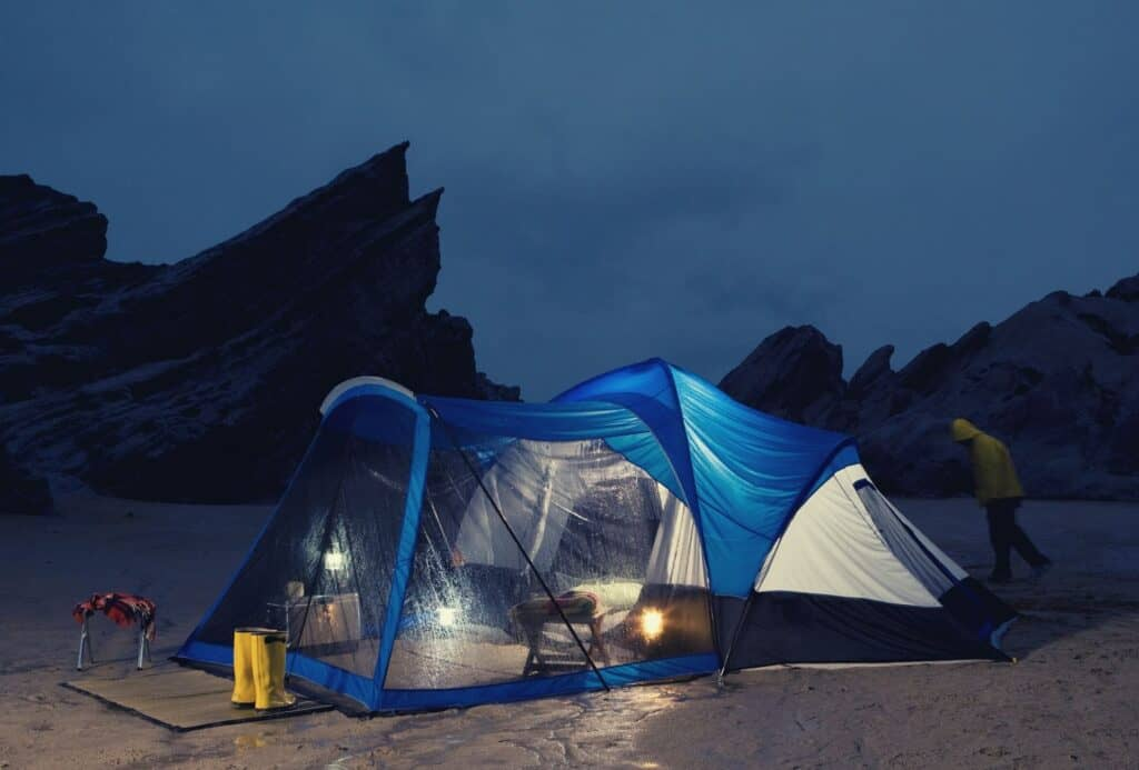 best family tent for bad weather featimg hero