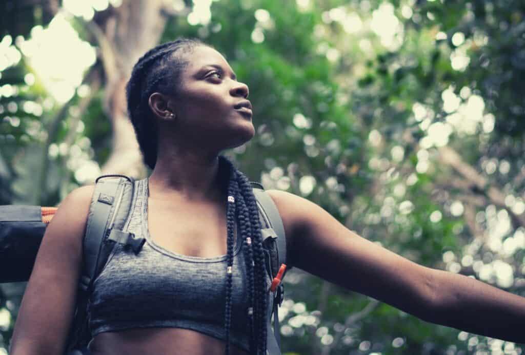 best hiking bra featimg hero