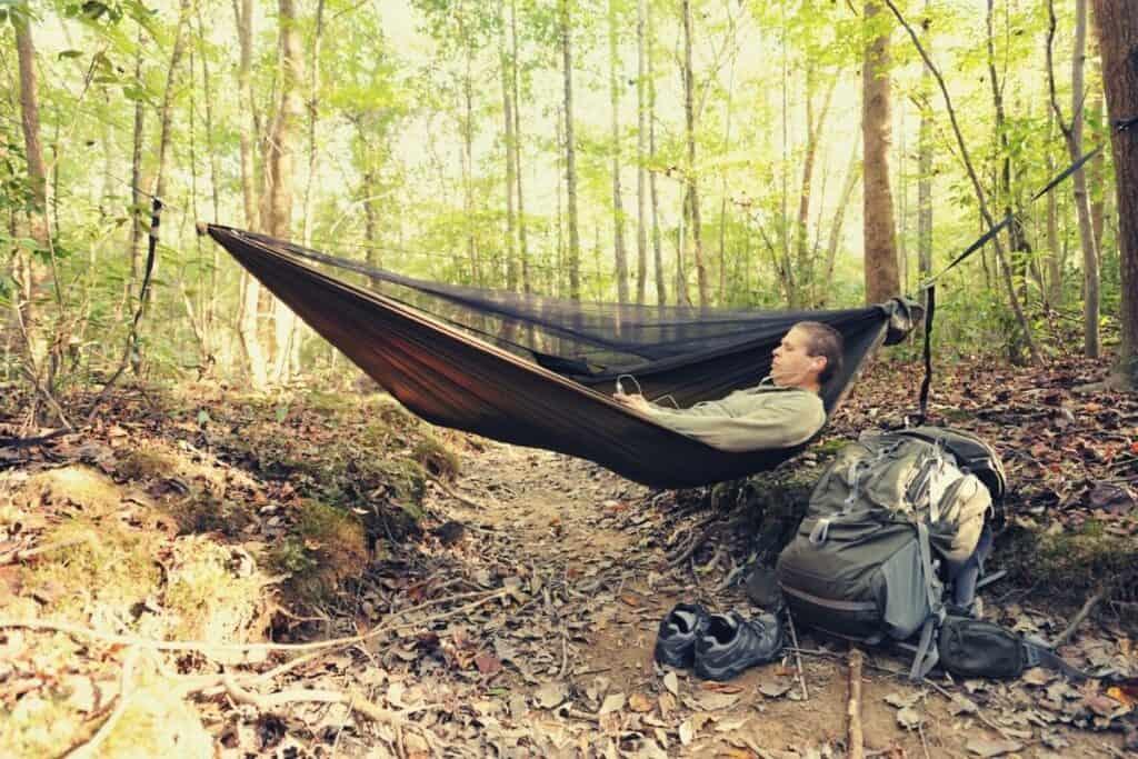 how to wash a hammock - featimg