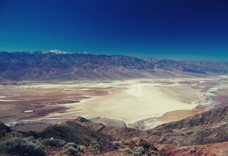 best hikes in death valley national park - featimg