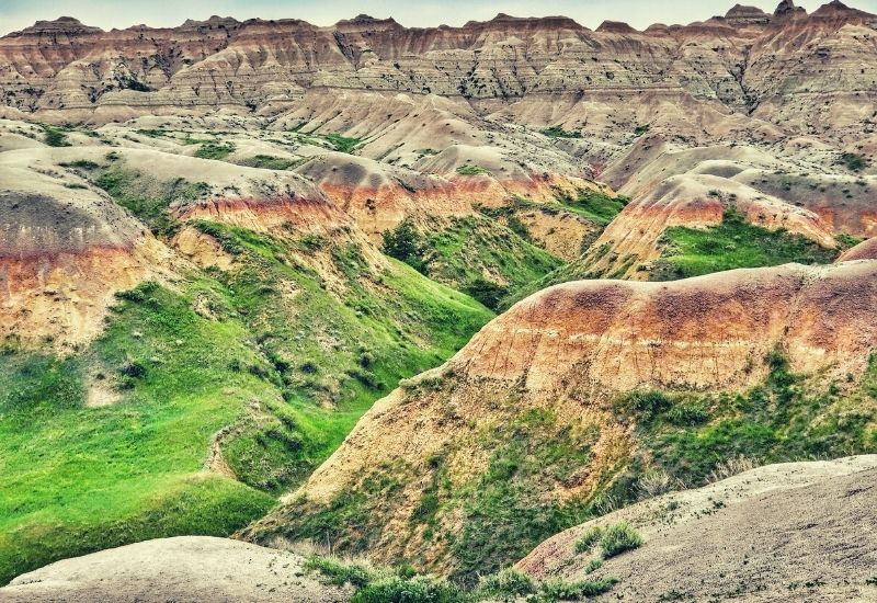 Badlands Trails Best Hikes in Badlands NP - featimg