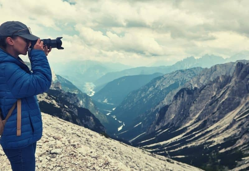 best camera for backpacking - featimg