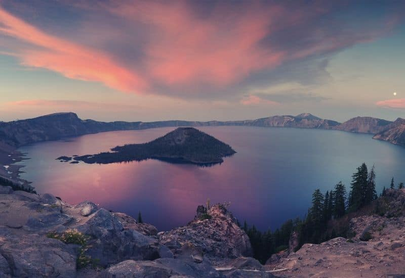 best crater lake hikes - featimg