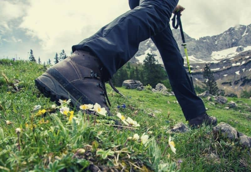 best hiking pants - featimg