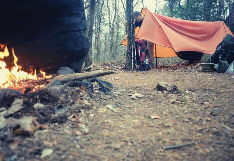 how to set up a hammock tarp - featimg