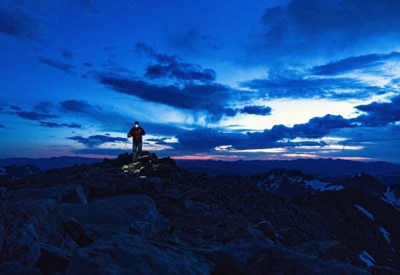 Best Headlamp for Hiking - featimg