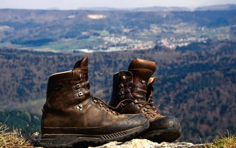 leather upper hiking boots