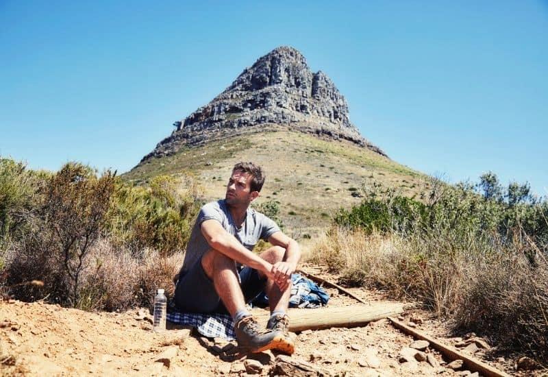 best hiking shirt - feat img